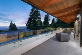 Photo 18: 4100 ST. GEORGES Avenue in North Vancouver: Upper Lonsdale House for sale : MLS®# R2426559