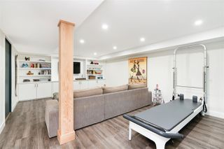Photo 16: 4100 ST. GEORGES Avenue in North Vancouver: Upper Lonsdale House for sale : MLS®# R2426559