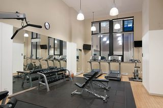 "Photo 18: 710 928 HOMER Street in Vancouver: Yaletown Condo for sale in ""YALETOWN PARK 1"" (Vancouver West)  : MLS®# R2429120"