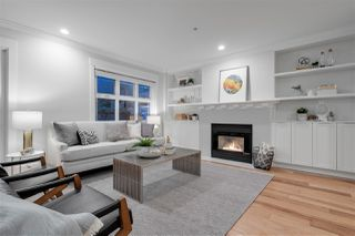 Photo 2: 324 W 15TH Avenue in Vancouver: Mount Pleasant VW Condo for sale (Vancouver West)  : MLS®# R2435463