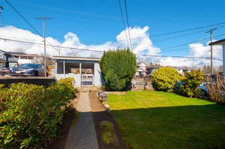Photo 15: 4147 PARKER Street in Burnaby: Willingdon Heights House for sale (Burnaby North)  : MLS®# R2449784