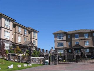 "Photo 2: A215 33755 7TH Avenue in Mission: Mission BC Condo for sale in ""THE MEWS"" : MLS®# R2468247"