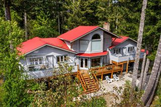 Photo 1: 2950 Michelson Rd in Sooke: Sk Otter Point House for sale : MLS®# 841918