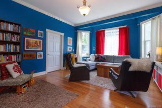 Photo 5: 2 1376 Pandora Ave in Victoria: Vi Fernwood Condo for sale : MLS®# 841235