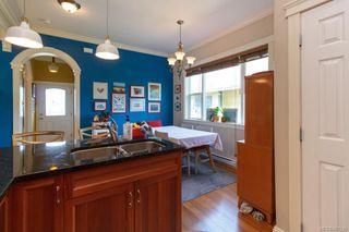 Photo 14: 2 1376 Pandora Ave in Victoria: Vi Fernwood Condo for sale : MLS®# 841235