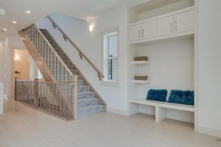 Photo 6: 244 21 Avenue NW in Calgary: Tuxedo Park Detached for sale : MLS®# A1016245
