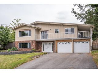 Photo 2: 2316 BEVAN Crescent in Abbotsford: Abbotsford West House for sale : MLS®# R2494415