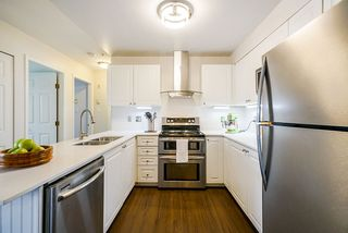 Photo 4: 407 1591 BOOTH Avenue in Coquitlam: Maillardville Condo for sale : MLS®# R2505339