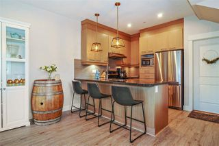 """Photo 4: 1 7298 199A Street in Langley: Willoughby Heights Townhouse for sale in """"York"""" : MLS®# R2513657"""