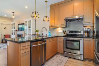 """Photo 5: 1 7298 199A Street in Langley: Willoughby Heights Townhouse for sale in """"York"""" : MLS®# R2513657"""
