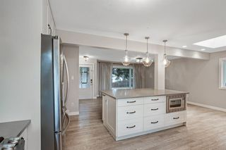 Photo 9: 117 Havenhurst Crescent SW in Calgary: Haysboro Detached for sale : MLS®# A1052524