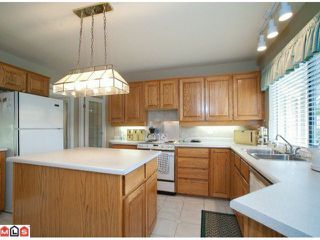 """Photo 5: 16730 27TH AV in Surrey: Grandview Surrey House for sale in """"Kensington Heights"""" (South Surrey White Rock)  : MLS®# F1104046"""