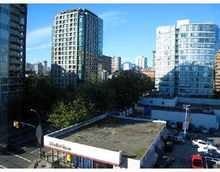"Photo 7: 708 950 DRAKE Street in Vancouver: Downtown VW Condo for sale in ""ANCHOR POINT"" (Vancouver West)  : MLS®# V661241"