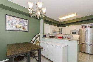 """Photo 10: 11 1506 EAGLE MOUNTAIN Drive in Coquitlam: Westwood Plateau Townhouse for sale in """"RIVER ROCK"""" : MLS®# R2390318"""
