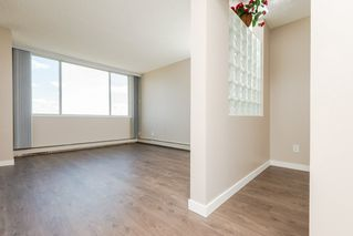 Photo 4: 1105 9909 104 Street NW in Edmonton: Zone 12 Condo for sale : MLS®# E4169504