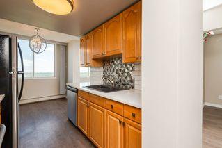 Photo 10: 1105 9909 104 Street NW in Edmonton: Zone 12 Condo for sale : MLS®# E4169504