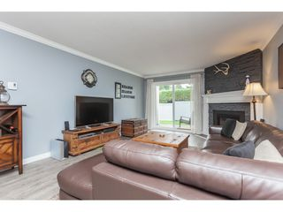 "Photo 5: 136 5641 201 Street in Langley: Langley City Townhouse for sale in ""The Huntington"" : MLS®# R2409027"