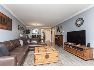 "Photo 7: 136 5641 201 Street in Langley: Langley City Townhouse for sale in ""The Huntington"" : MLS®# R2409027"