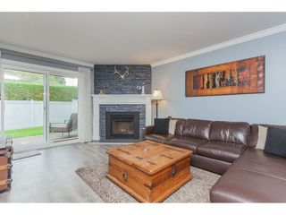 "Photo 6: 136 5641 201 Street in Langley: Langley City Townhouse for sale in ""The Huntington"" : MLS®# R2409027"