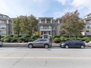 Photo 18: 412 155 E 3RD Street in North Vancouver: Lower Lonsdale Condo for sale : MLS®# R2411577