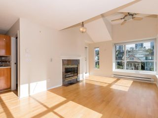 Photo 2: 412 155 E 3RD Street in North Vancouver: Lower Lonsdale Condo for sale : MLS®# R2411577