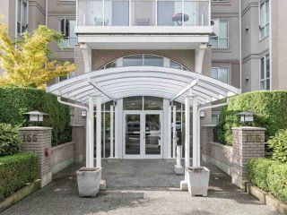 Photo 19: 412 155 E 3RD Street in North Vancouver: Lower Lonsdale Condo for sale : MLS®# R2411577