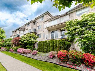 "Photo 3: 305 3128 FLINT Street in Port Coquitlam: Glenwood PQ Condo for sale in ""FRASER COURT TERRACE"" : MLS®# R2456754"