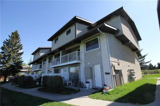 Main Photo: 1021  ,200 BROOKPARK Drive SW in Calgary: Braeside Row/Townhouse for sale : MLS®# C4299057