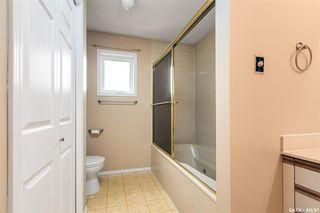 Photo 22: 318 BENTHAM Crescent in Saskatoon: Erindale Residential for sale : MLS®# SK811182