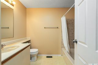 Photo 12: 318 BENTHAM Crescent in Saskatoon: Erindale Residential for sale : MLS®# SK811182