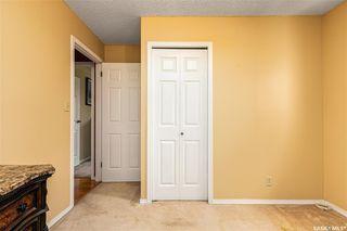 Photo 16: 318 BENTHAM Crescent in Saskatoon: Erindale Residential for sale : MLS®# SK811182