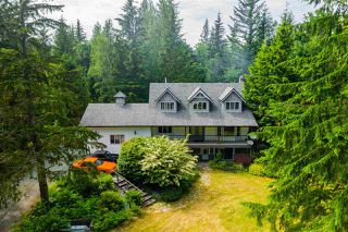 Photo 2: 37855 BAKSTAD Road in Abbotsford: Sumas Mountain House for sale : MLS®# R2470212
