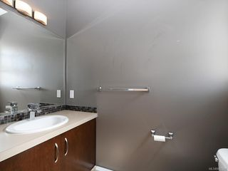 Photo 17: 3 1827 Fairfield Rd in Victoria: Vi Fairfield East Row/Townhouse for sale : MLS®# 842398