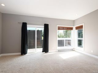 Photo 10: 3 1827 Fairfield Rd in Victoria: Vi Fairfield East Row/Townhouse for sale : MLS®# 842398