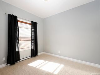 Photo 14: 3 1827 Fairfield Rd in Victoria: Vi Fairfield East Row/Townhouse for sale : MLS®# 842398