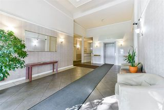 Photo 3: 407 777 EIGHTH STREET in New Westminster: Uptown NW Condo for sale : MLS®# R2479408