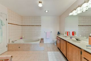 Photo 32: 407 777 EIGHTH STREET in New Westminster: Uptown NW Condo for sale : MLS®# R2479408