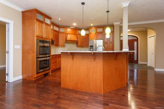 Photo 7: 3342 Sewell Rd in : Co Triangle House for sale (Colwood)  : MLS®# 858797