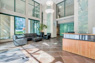 Photo 19: 3209 1239 W GEORGIA STREET in Vancouver: Coal Harbour Condo for sale (Vancouver West)  : MLS®# R2495132