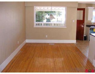 "Photo 3: 15090 ROBIN in Surrey: Bolivar Heights House for sale in ""Birdland"" (North Surrey)  : MLS®# F2804464"
