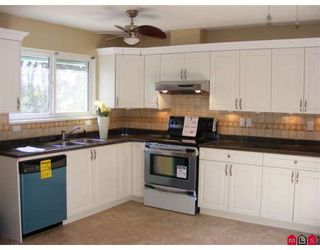 "Photo 4: 15090 ROBIN in Surrey: Bolivar Heights House for sale in ""Birdland"" (North Surrey)  : MLS®# F2804464"