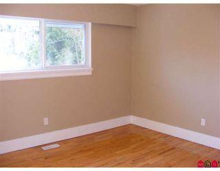"Photo 5: 15090 ROBIN in Surrey: Bolivar Heights House for sale in ""Birdland"" (North Surrey)  : MLS®# F2804464"