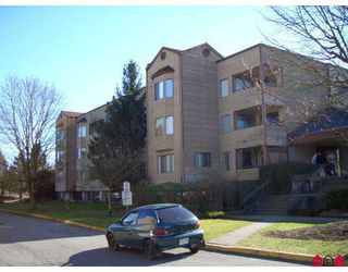 """Photo 1: 309 5224 204TH Street in Langley: Langley City Condo for sale in """"South Wynde Court"""" : MLS®# F2804493"""