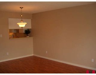 """Photo 3: 309 5224 204TH Street in Langley: Langley City Condo for sale in """"South Wynde Court"""" : MLS®# F2804493"""