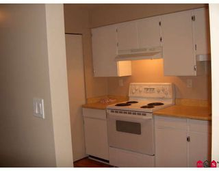"""Photo 4: 309 5224 204TH Street in Langley: Langley City Condo for sale in """"South Wynde Court"""" : MLS®# F2804493"""