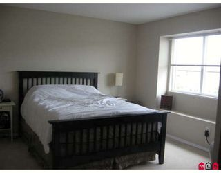 """Photo 10: 18461 67A Avenue in Surrey: Cloverdale BC House for sale in """"Heartland"""" (Cloverdale)  : MLS®# F2817207"""