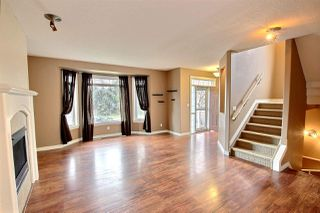 Photo 2: 9509 101 Street in Edmonton: Zone 12 House for sale : MLS®# E4171936