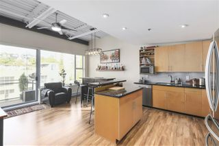 "Photo 3: 510 549 COLUMBIA Street in New Westminster: Downtown NW Condo for sale in ""C2C LOFTS AND FLATS"" : MLS®# R2419232"