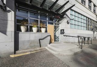 "Photo 1: 510 549 COLUMBIA Street in New Westminster: Downtown NW Condo for sale in ""C2C LOFTS AND FLATS"" : MLS®# R2419232"