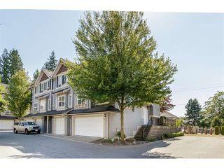 Photo 2: 37 6366 126 Street in Surrey: Panorama Ridge Townhouse for sale : MLS®# R2421555